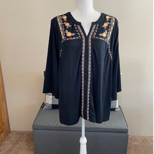 Style & Co Black Top with Embroidery Size 3X